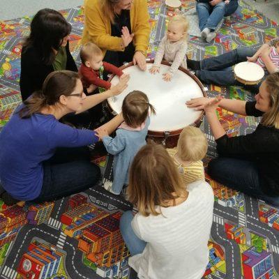 Musikgarten für Babys(Zwerge)